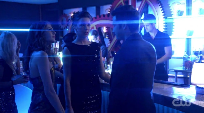 The always excellent Willa Holland, the sharply wonderful Katie Cassidy, and the ever-essential Colin Donnell. And a shitload of lens flares (Jimmy Muro would be proud!)